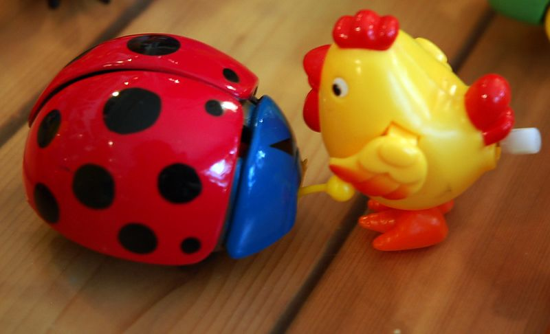Battle of the wind up toys