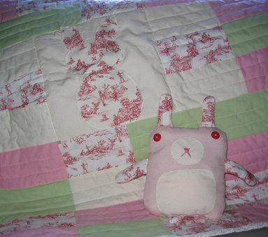 Baby_quilt_and_bunny_1
