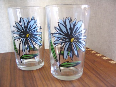 Flower_juice_glasses