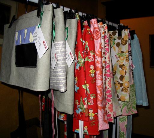 Hanging_aprons