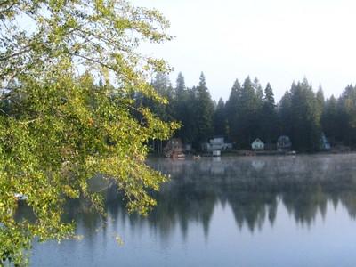 September_at_wooten_lake_sunny_morning