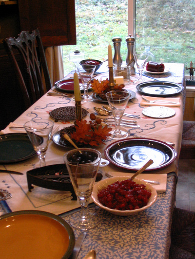 Thanksgiving_table_2