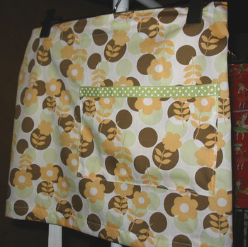 Yellow_green_floral_apron